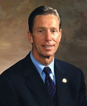 Representative Stephen Lynch (D, MA8)
