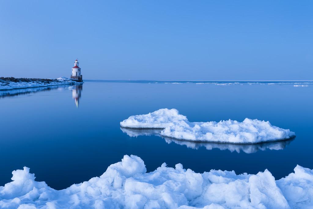 Icebergs on Lake Superior-Justin Vrba