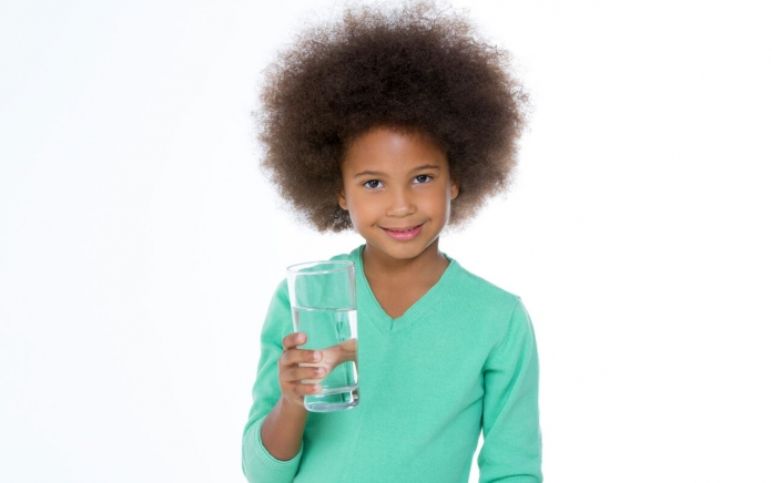 child drinking tap water