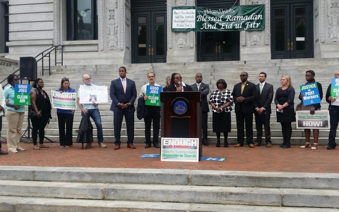newark port press conference kim gaddy photo by jeanette mitchell