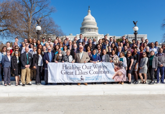 2020 Photo of Great Lakes Day attendees in front of the US Capitol