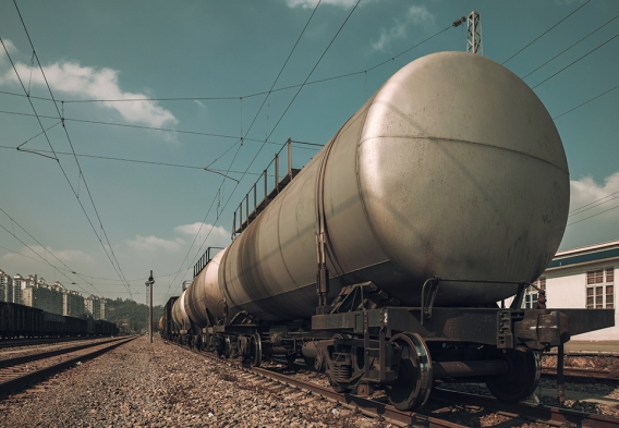 Oil trains. photo: istock, breath10