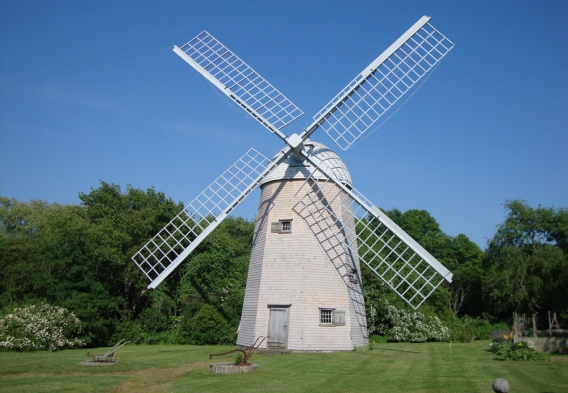 Prescott Farm Windmill. Photo Credit: Alicia Dauksis / Shutterstock